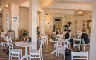 Dolci Cafe in Craighall Park, 450 metres from Amanzi Guest House
